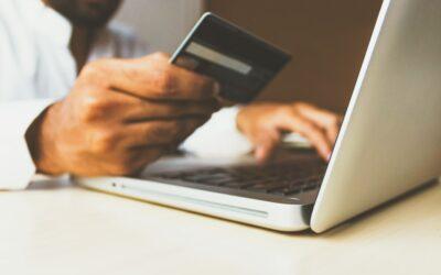 Polacy i płatności bezgotówkowe