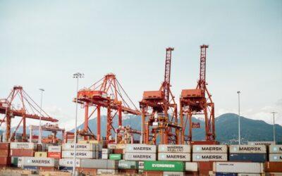 Globalizacja tworzy nowe miejsca pracy, ale może też powodować ich utratę